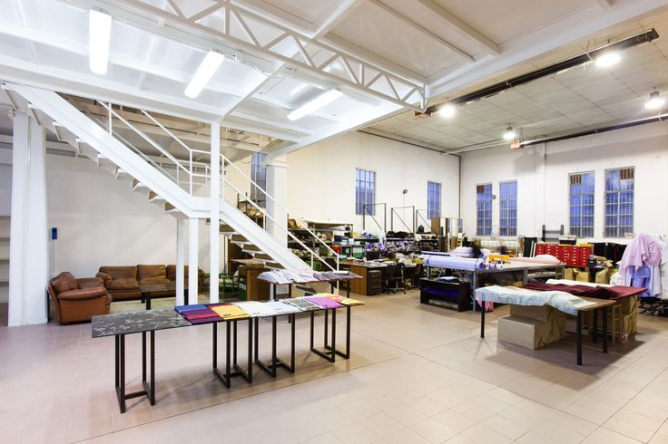 Location Textile, Via Tortona 31 http://www.milanospacemakers.com/locations/49/via-tortona-31/textile