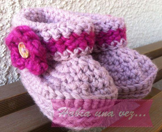 Botitas tejidas bebé niña on Etsy, US$18,00