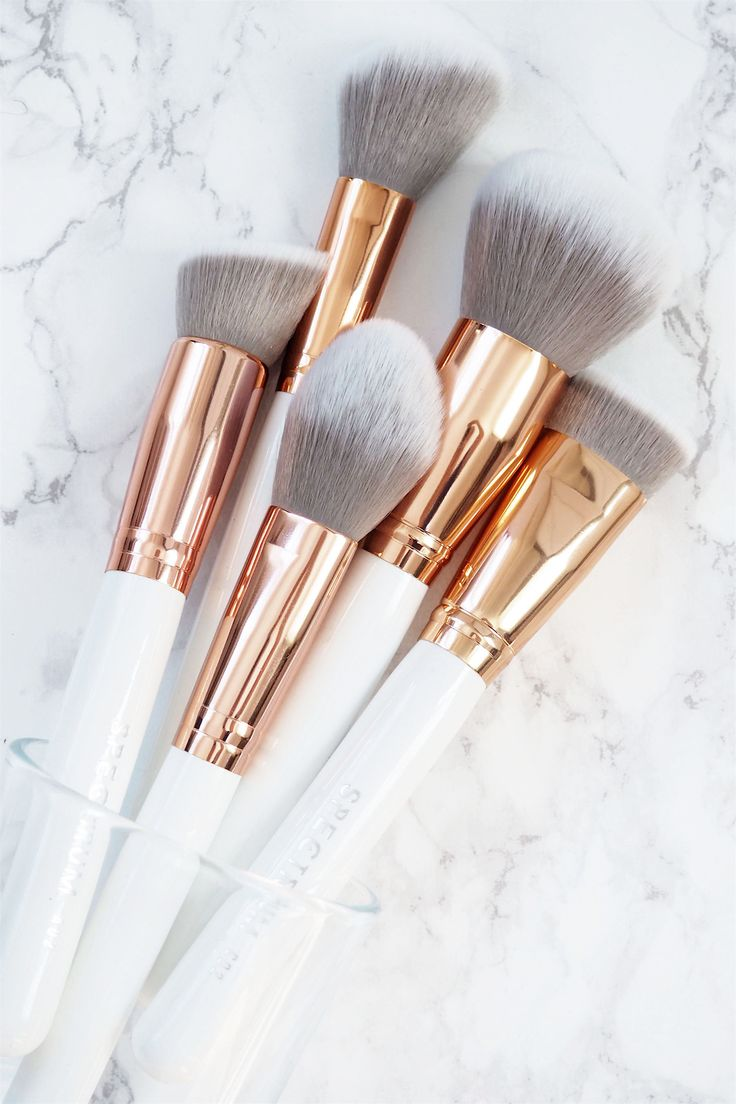 Spectrum Marbleous Brushes // Beauty and the Chic