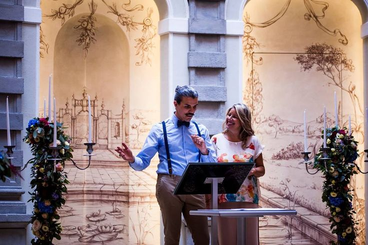 Backstage Fairytale wedding in Chateau Monfort-Nataly and Roberto,the celebrant.