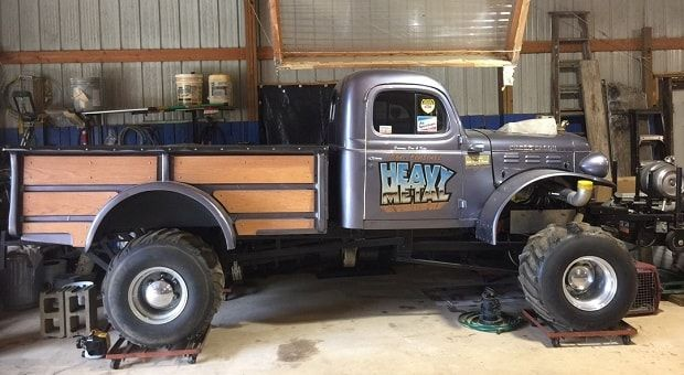 Our unusual #CoolCarFind this Friday is a 1953 #Dodge #Powerwagon perfect for pulling!   RacingJunk.com