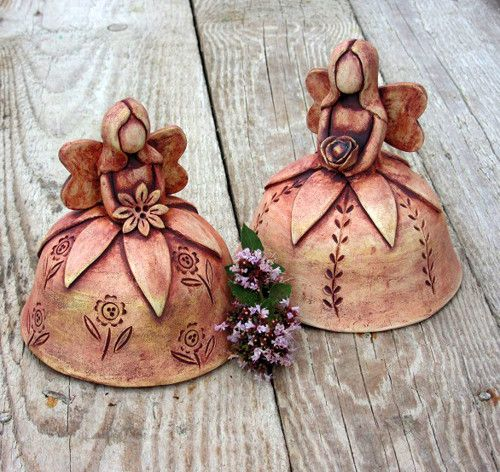 Květinová víla - keramický zvonek