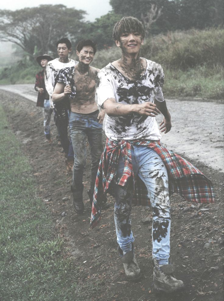Baekhyun, Suho, Chanyeol, Chen - 160921 Second official photobook 'Dear Happiness' - [SCAN][HQ] Credit: 란초.