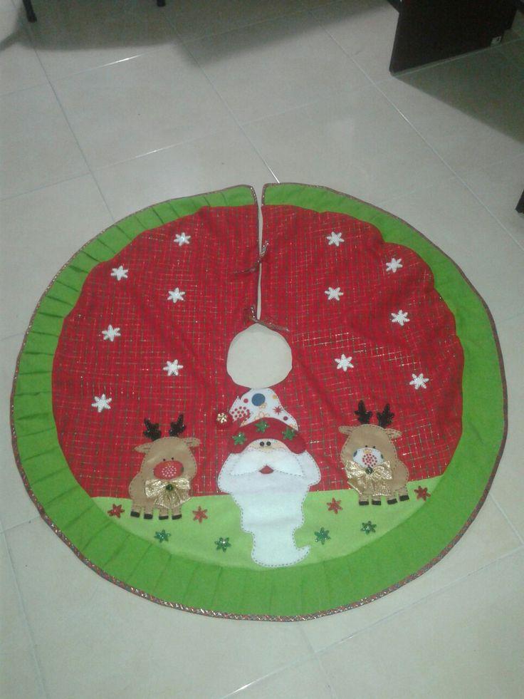 Pié de árbol navideño
