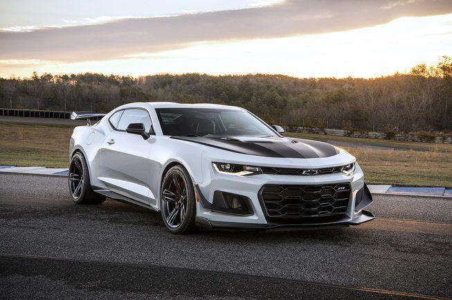 Chevrolet introduces 2018 Camaro ZL1 1LE - LeftLaneNews