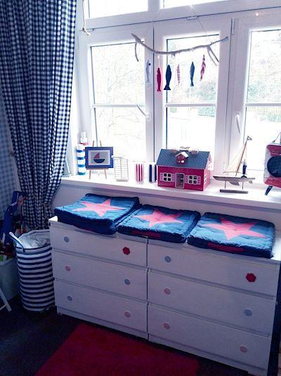 Renovace staršího nábytku tak, aby byl sladěn se zbytkem domácnosti, jsou tím, co čtenářku velmi baví.
