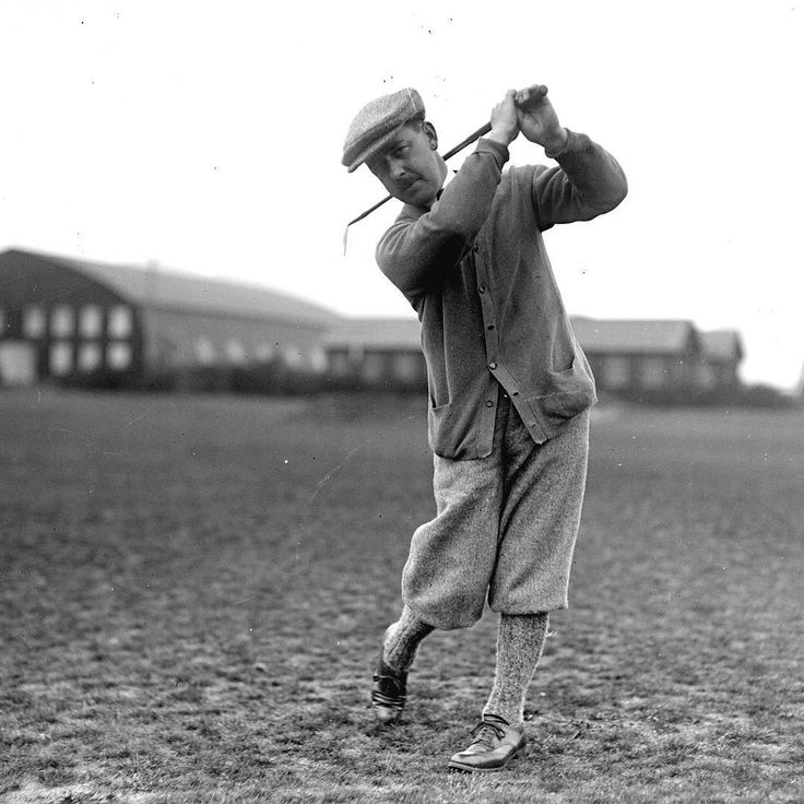 #vancouver 1920's Alfred Bull teeing off at Jericho Country Club golf course #golf #masterssunday #themasters2016 #vancity #vanarchives #jericho photo by James Matthews by historical_vancouver