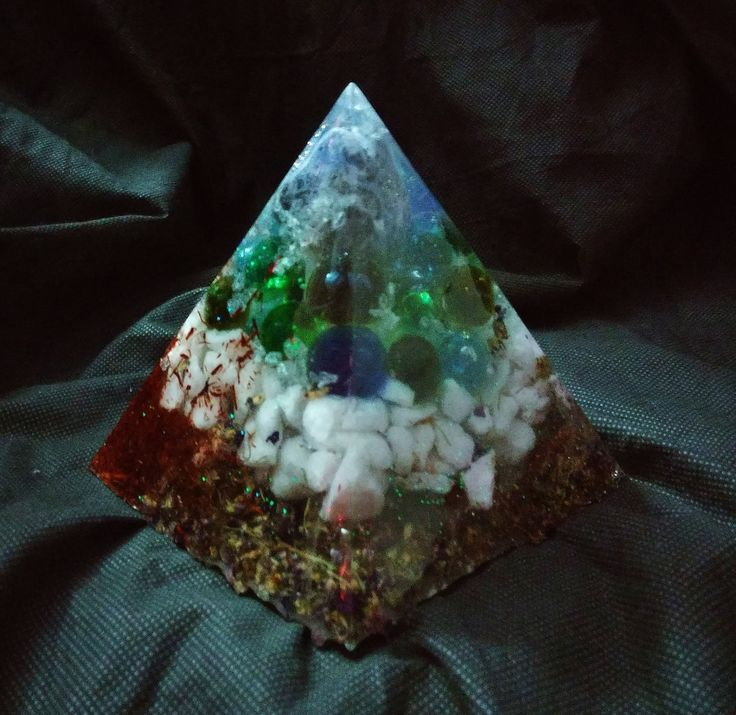 Sodalite and Quartz Rock Piezoelectric Pyramid with Organic Violets, Sandalwood, Reindeer Moss, Colored Glass and   Quart Rock by KomacFineArt on Etsy