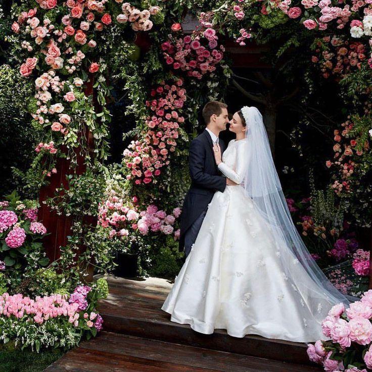 Miranda Kerr : une robe de mariée calibrée pour Instagram ? - Grazia.fr