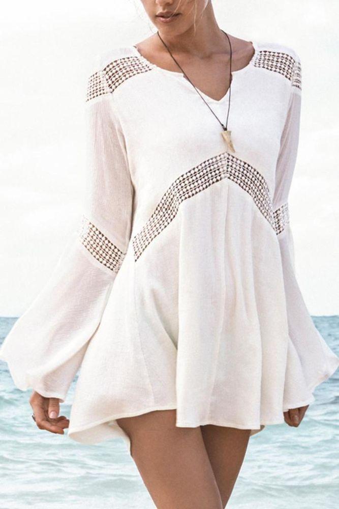 Считается, что по сути богемный стиль или стиль бохо относится к концу 60-х и началу 70-х годов, воплощая свободу и дух хиппи-стиля жизни. Эта тенденция также всегда подчеркивала экологическую связь с природой, поэтому бохо-одежда, как правило создается из натуральных тканей, таких как марлевка, различные хлопчатобумажные ткани, хлопковое кружево, натуральный шелк.