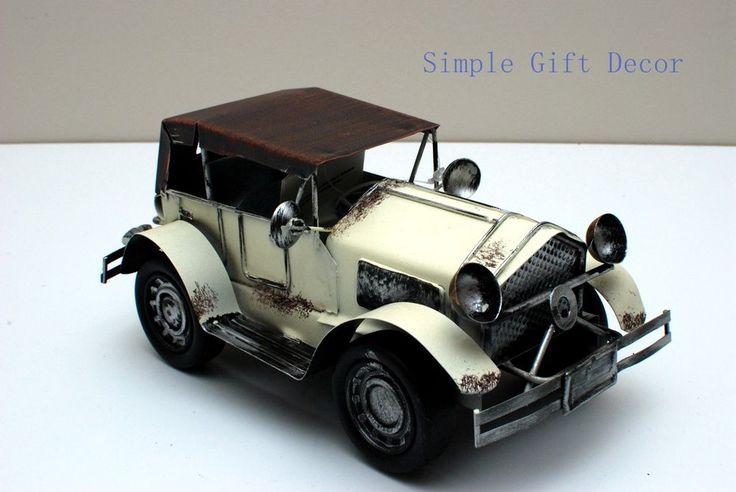 Metal Vintage Car model White 1014