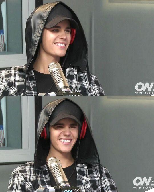 His smileee