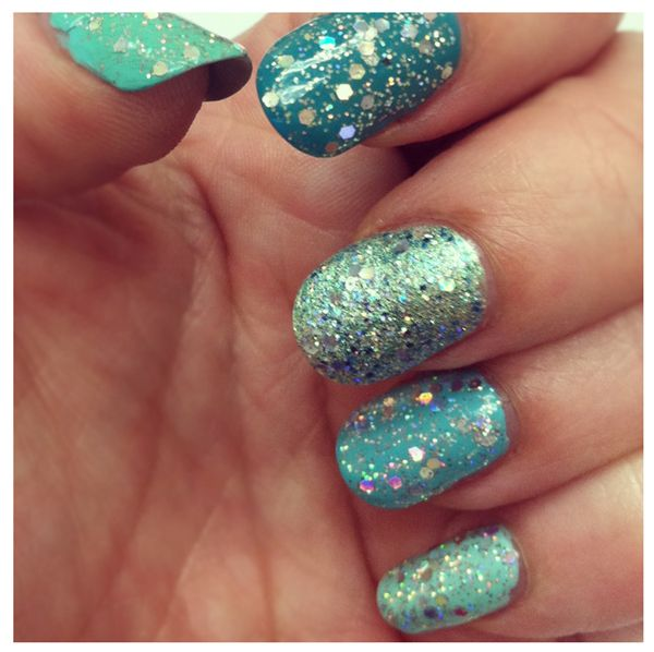sparkles & sea foam = mermaid.: Nailart, China Glaze, Nailpolish, Colors Club, Sparkle Nails, Nails Ideas, Glitter Nails Art, Nails Polish, Mermaids Nails