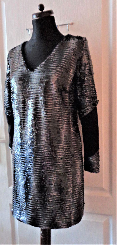 sukienka z cekinami   projektant  Gabriela Hezner / dress with sequins designer Gabriela Hezner