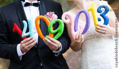 Цифры из фетра в горошек - аксессуары для свадьбы,аксессуары для фотосессий