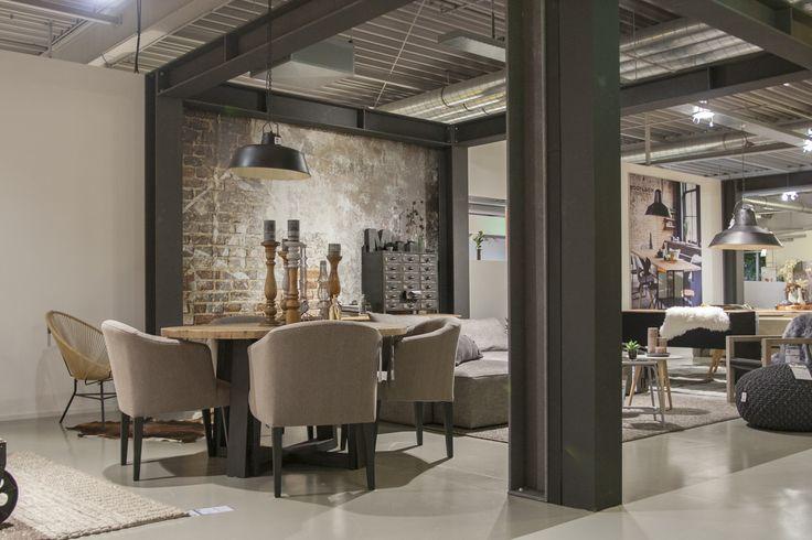 Nieuw merk meubels met industrieel vintage karakter http for Woonboulevard wolvega