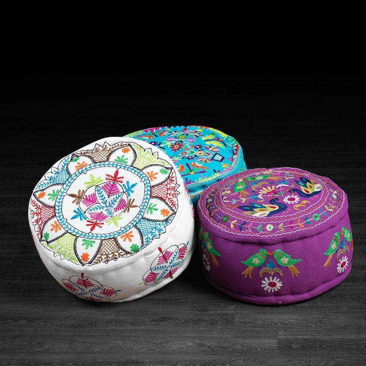 95 best images about bohemian room on pinterest floor cushions bohemian decor and pouf ottoman. Black Bedroom Furniture Sets. Home Design Ideas