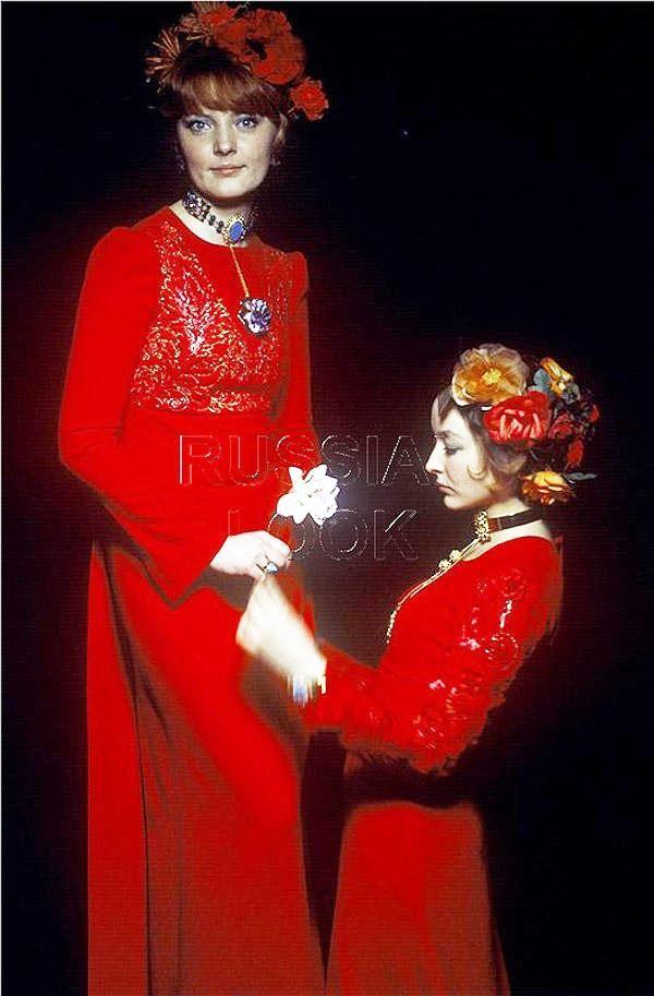 Марианна и Анастасия Вертинские
