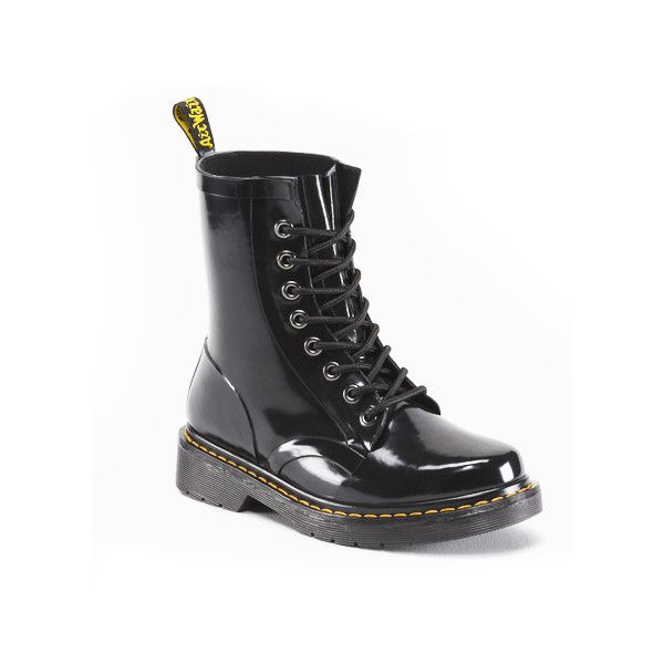 Dr Martens Drench Wellington Boot in Black Patent (94 AUD) ❤ liked on Polyvore featuring shoes, boots, black patent, waterproof boots, wellies boots, patent leather boots, black patent leather boots and waterproof wellington boots