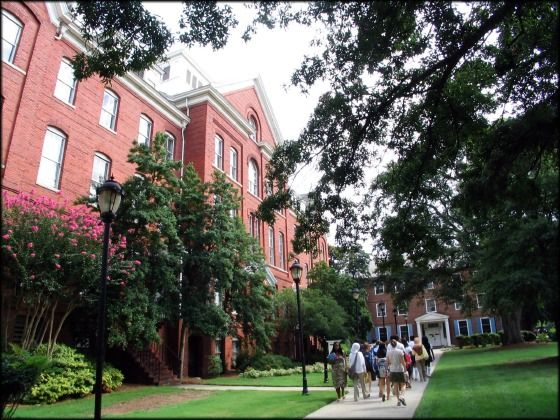 Spelman College: Giles Hall