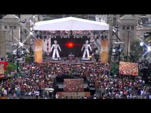 Black Eyed Peas Flashmob
