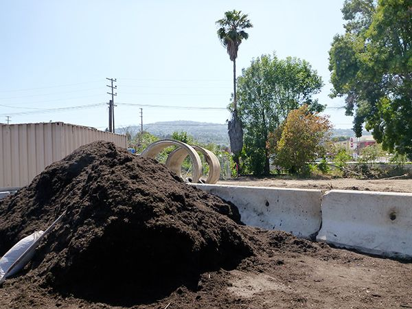 Organic Mulch: What It Is And How to Get It (For Free!) | In-Ground Gardens | Home & Garden | KCET