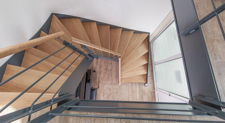 die besten 25 halbgewendelte treppe ideen auf pinterest wendeltreppen bodentreppe und. Black Bedroom Furniture Sets. Home Design Ideas