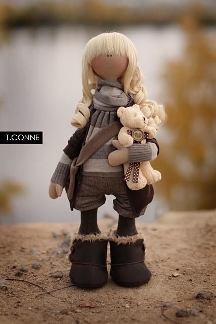 I love dolls by Tatiana Conne