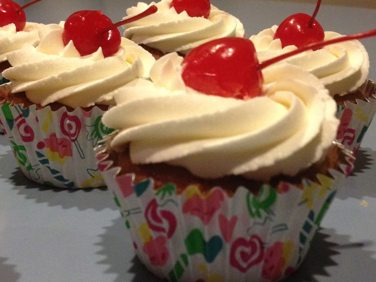 Pina Colada Cupcakes with Malibu Rum Frosting