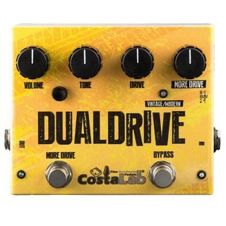 The Dual Drive represents the state of the art of the overdrive sound. Inspired by a must as the TS808, in addition, it offers modern solutions and more suitable options to the music of