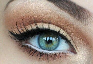 Perfect eye makeup: Catey, Make Up, Eye Makeup, Cat Eye, Wings Eyeliner, Eyemakeup, White Eyeliner, Eye Liner, Green Eye