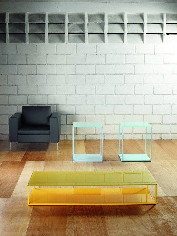 Mesa lateral cuadrada metal y vidrio
