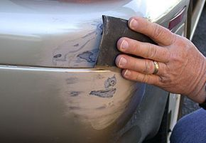 deep scratch3 Step by Step Tutorials on How to Repair Deep Car Scratches