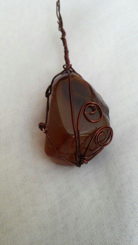 Stone wire pendant