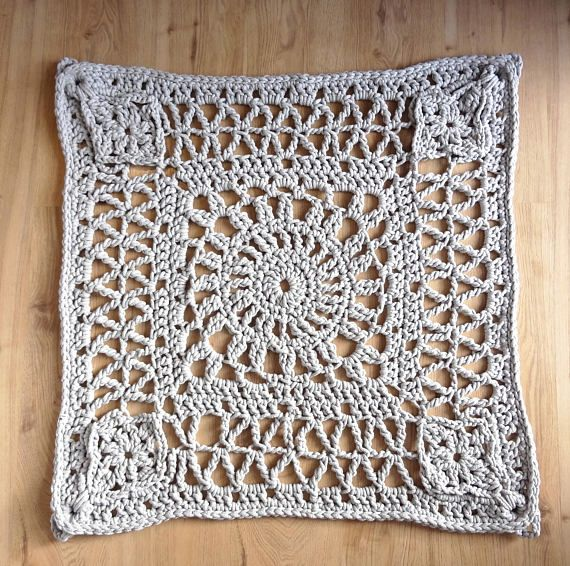 square crochet rug, great floor decoration in modern and scandinavian interiors as well as in classic or boho one