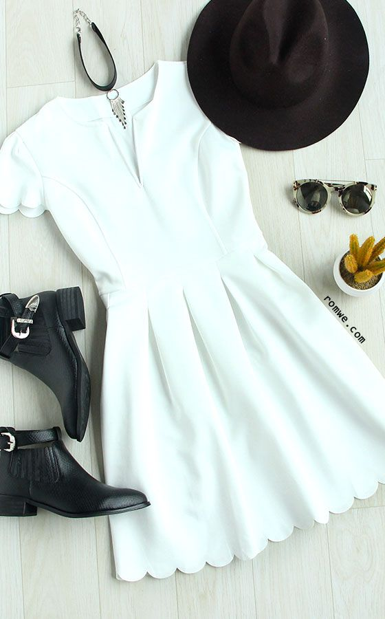 High fashion meets everyday versatility. $20.99 for the hot summer. Even the busiest of days will feel like a dream when you wear the On the White V Cut Scalloped A-Line Dress! Discover the look at romwe.com for free shipping!