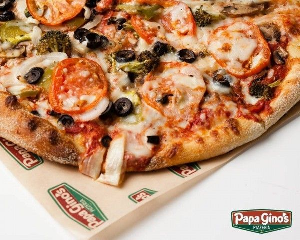 15 Big Pizza Chains that Serve Gluten-Free Pizza - - We've scoured the menus of the nation's largest pizza chains to find out which restaurants you can count on for gluten-free pizza, from Pizza Hut and Domino's to Hungry Howie's and Mellow Mushroom.