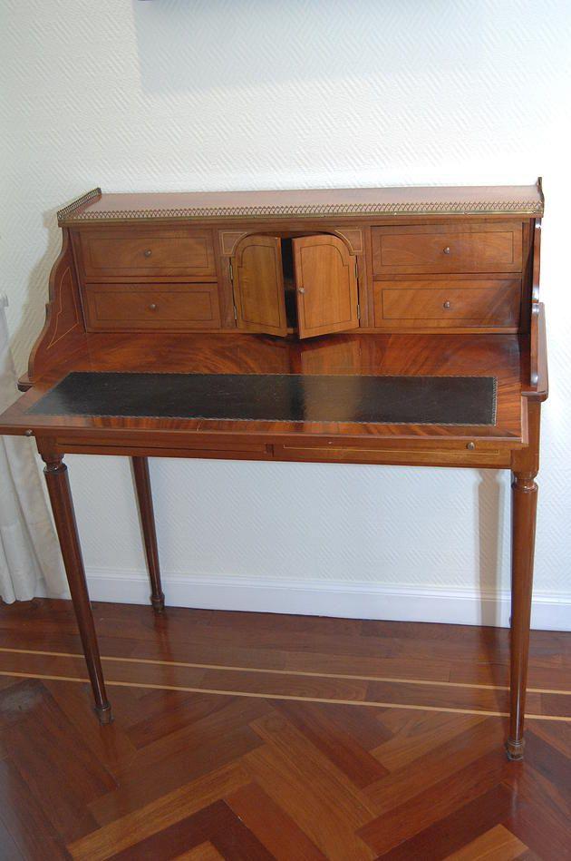 Restauraci n muebles antiguos madrid cursos de formaci n - Restauracion de muebles viejos ...