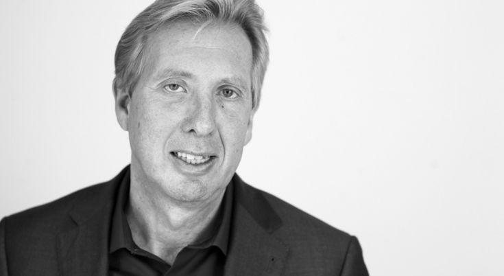 Professor Jan Rotmans is hoogleraar en internationale autoriteit op het gebied van duurzaamheid en transitie. Bloovi-schrijver Mischa Verheijden zocht hem op aan de Erasmus Universiteit in Rotterdam. Jan Rotmans is geen man van ingewikkelde theorieën. Integendeel.