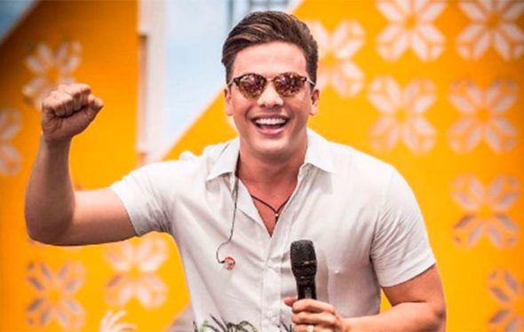 'A Força do Querer' - Rubinho contrata Wesley Safadão para tocar no aniversário de Bibi