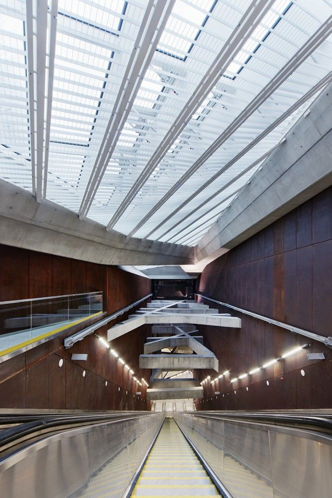 Twin Stations / sporaarchitects