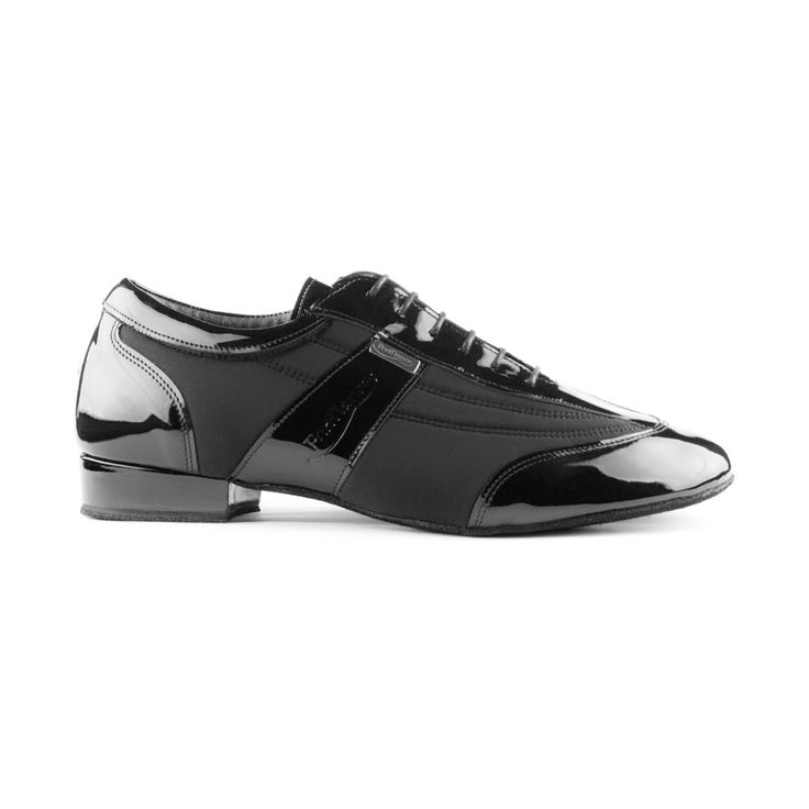 En tango dansesko i særklasse fra PortDance. Skoen PD024 Pro er udført i sort lycra og lak, og er en anbefalelsesværdig kvalitetsdansesko. Findes hos Nordic Dance Shoes: http://www.nordicdanceshoes.dk/portdance-pd024-pro-sort-lycra-patent-dansesko#utm_source=pin