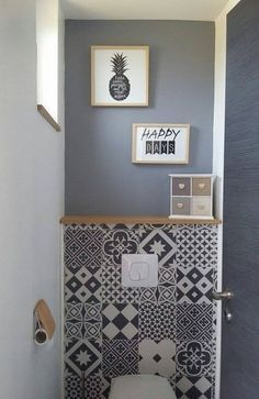 17 best ideas about deco wc on pinterest rangement for Idee deco salle de bain noir et blanc