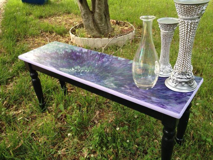 Earlier this year, in about February, I was on an online painted furniture group, and I ran across an adorable lady that was making some fantabulous furniture,…