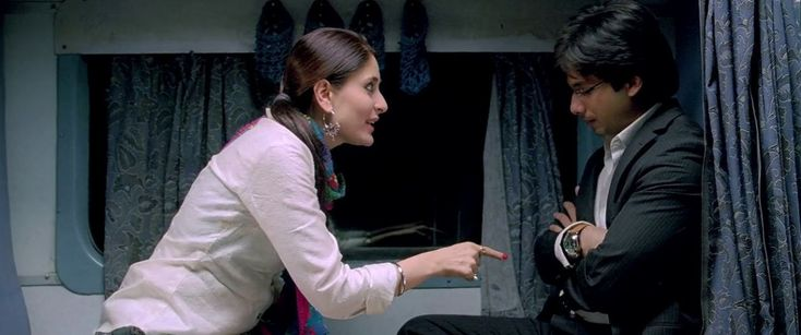 Jab We Met completes a decade: 10 famous dialogues of Shahid-Kareena starrer that you would love to mimic