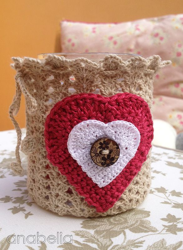 Valentine's Day crochet candleholder, with diagrams
