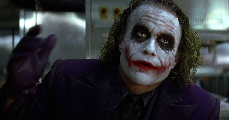 Hommage à Heath Ledger, qui restera surement l'un de acteurs qui aura incarné l'un des Joker les plus effrayants de l'histoire.