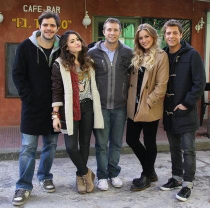 """Los Teen Angels realizaron una participación especial en """"Dulce amor"""", la telenovela que causa furor en el Río de la Plata y que emite Canal 4."""