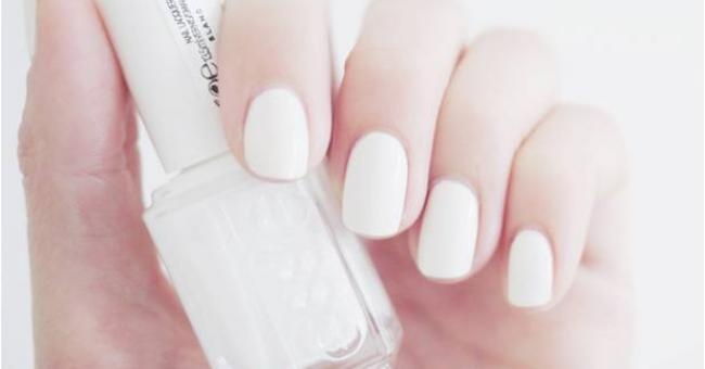 Beauty trend: witte nagels