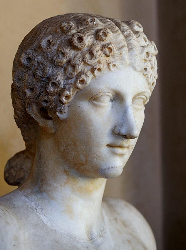 Agrippina the Younger, sister of Emperor Caligula, mother of Emperor Nero, wife of Emperor Claudius, head of Roman statue (marble), (Palazzo Ducale, Mantua).